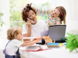 How to Juggle Working From Home and Being a Parent